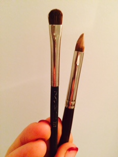 Tiny brushes are best for concealing blemishes