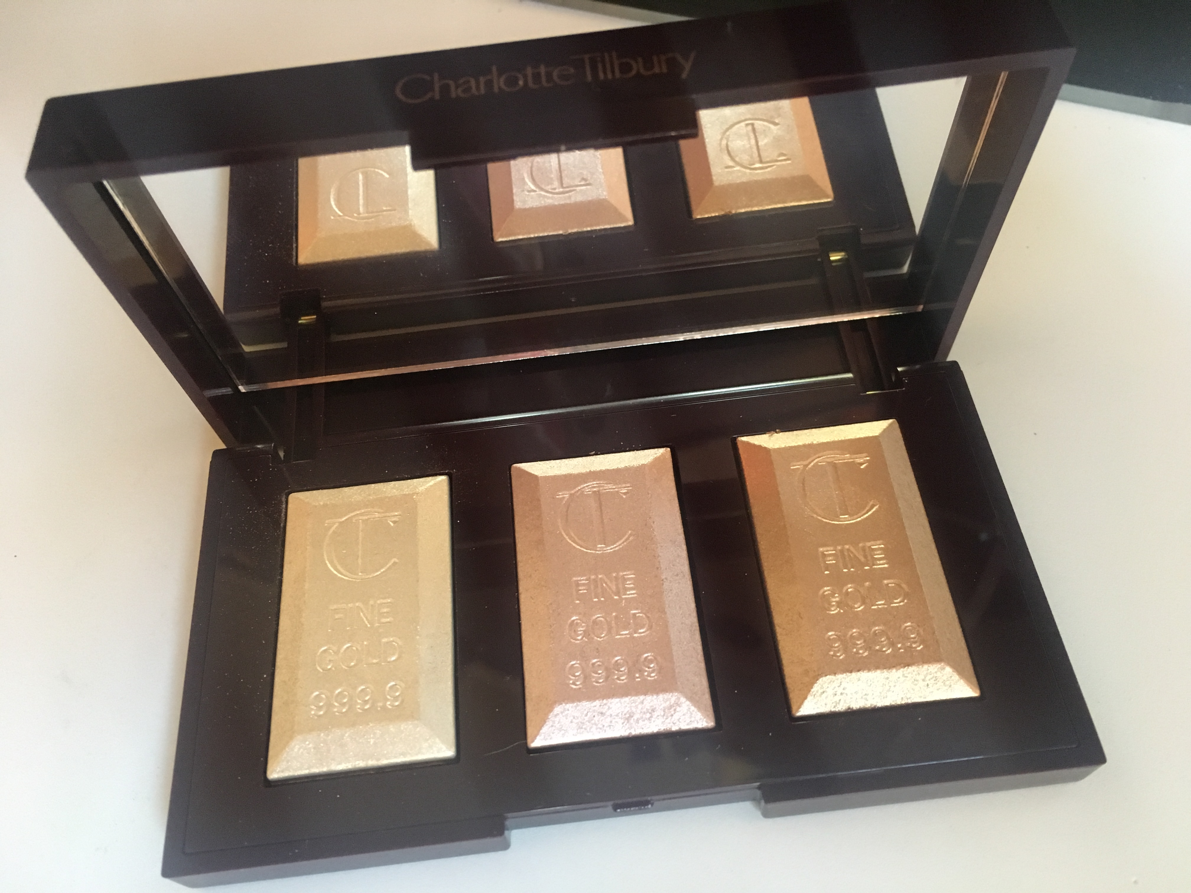 opened box of Charlotte Tilbury Cosmetics Bar of Gold Palette